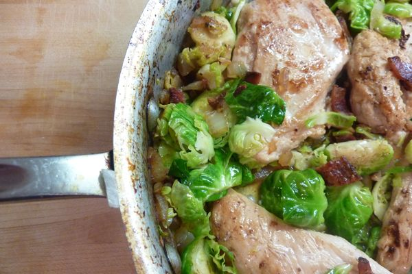 Pan roasted chicken with bacon and brussels sprouts for Chicken and brussel sprouts skillet
