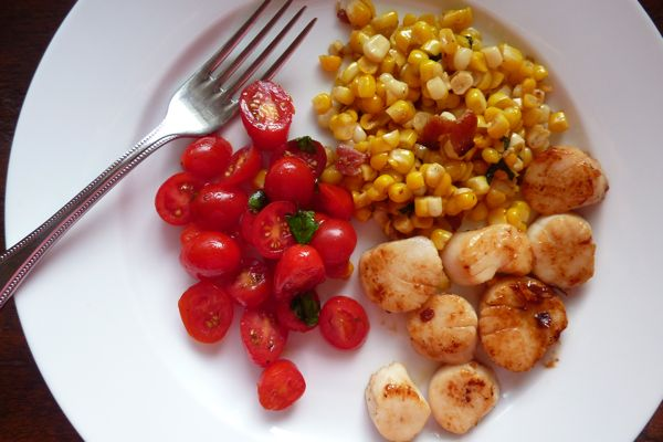 scallops and corn hash