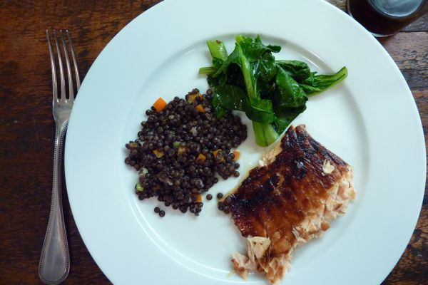 salmon with lentils and spinach