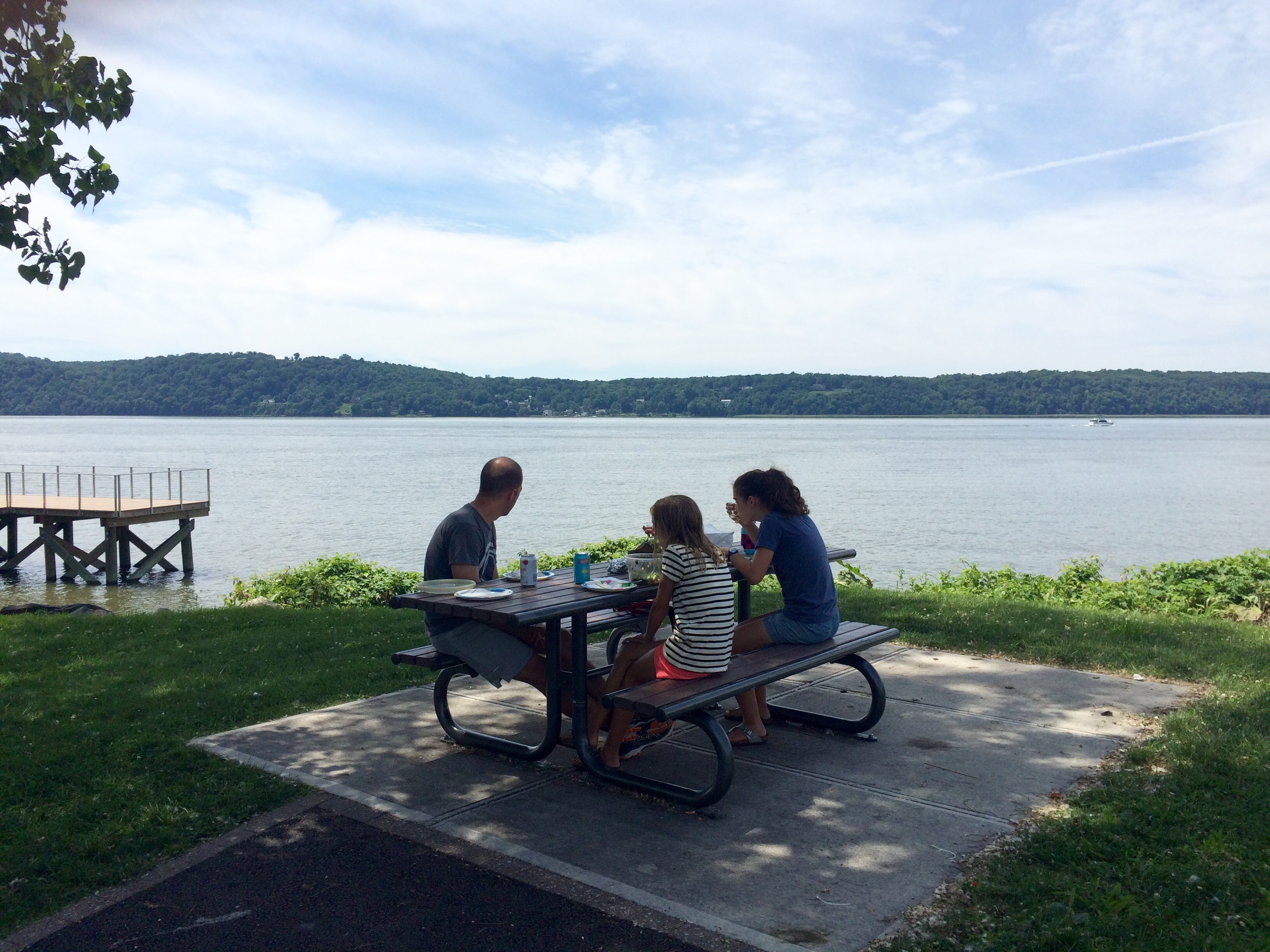 Favorite Place For Al Fresco Dining: Waterfront Park (Dobbs Ferry)u2026About  That Worldu0027s Greatest Picnic. Almost Every Rivertown Has A Waterfront Park  With ...